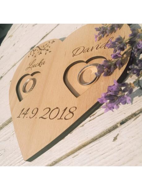 Wooden heart for wedding rings